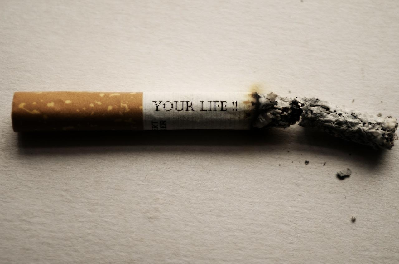 demerits of smoking
